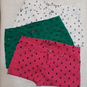 WallFlower Decorative Shorts Size 13